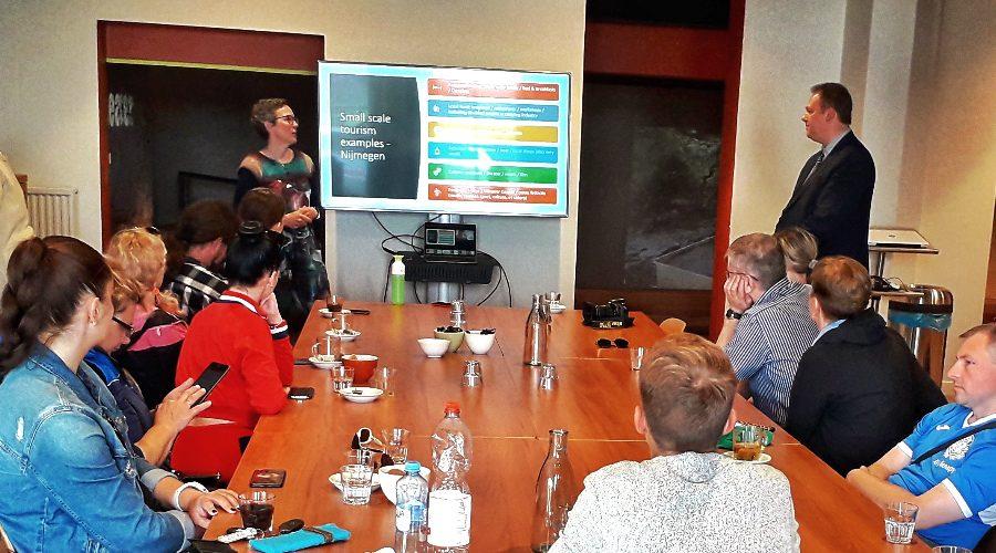 Caroline de Greef (Fair2) informiert über nachhaltigen, lokalen Tourismus in den Niederlanden